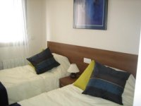 Fully Furnished 3 Bedroom Ground Floor Apartment (5)