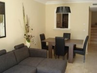 Lovely 3 Bedroom Townhouse (1)